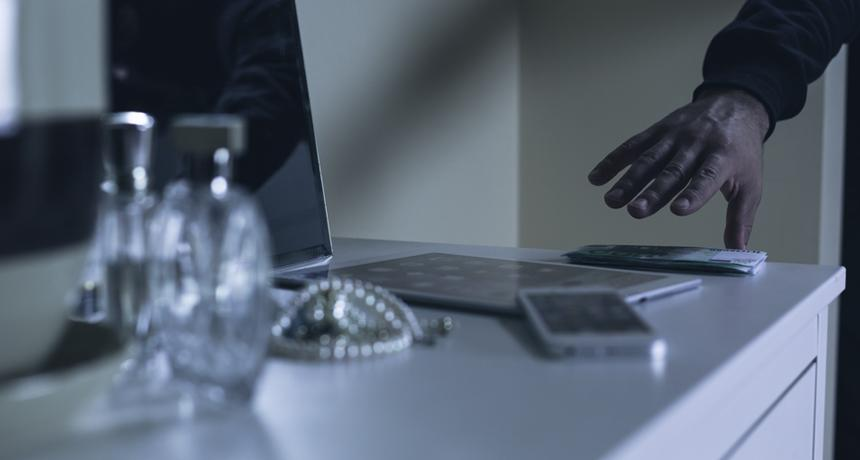 Murtovarkaat tehtailivat lisälaskuja varastetun identiteetin avulla