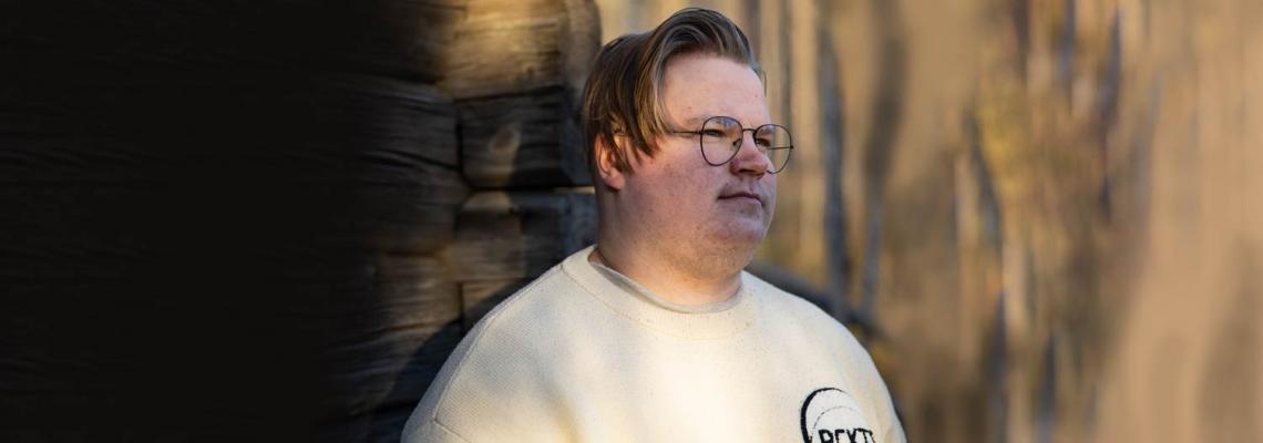 """Marraskuun Nettienkeli Eetu Heikka kärsi pitkään jatkuneesta kiusaamisesta: """"Haluan nuorten ymmärtävän, miten vakavia seurauksia nettikiusaamisella on"""""""